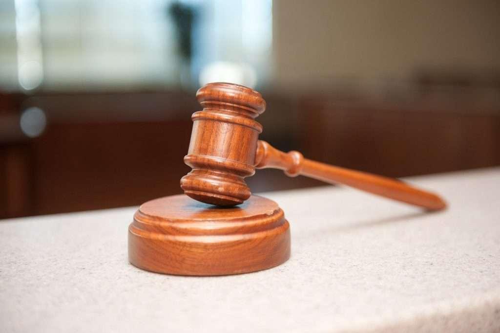 Il blogger risponde penalmente per contenuti diffamatori sul proprio sito? La Cassazione dice la sua